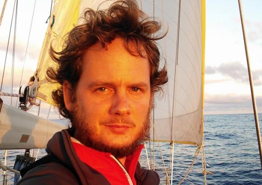Átkelés önmagunk óceánján – Rakonczay Gáborral beszélgettem